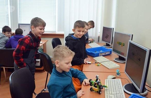 Фото 1 - Компьютерные курсы для школьников ИТ Школа ЧЕ