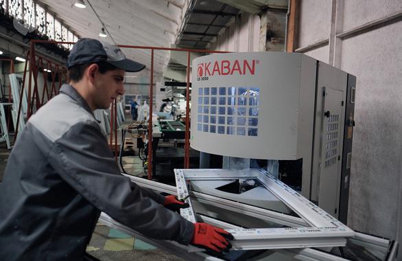 Фото 3 - Производство металлопластиковых окон и металлических дверей PLAMET