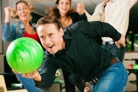 """Новогодние корпоративы в """"Cosmos-bowling"""""""