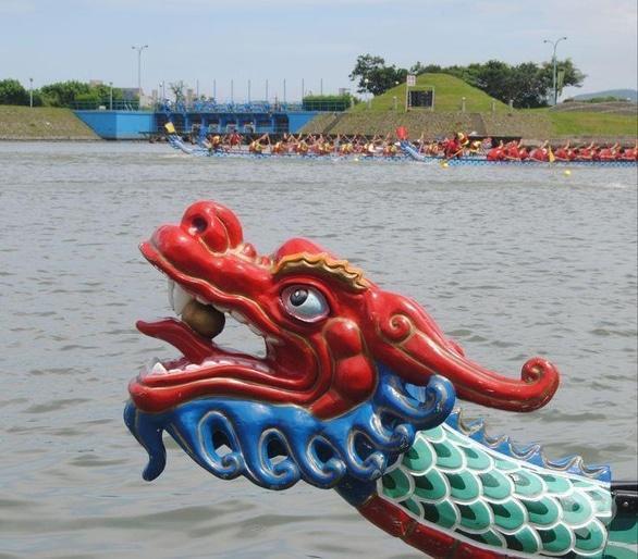Спорт, відпочинок - Всеукраїнські змагання з веслування на човнах 'Дракон'