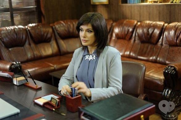 Фильм - Ольга Сумская перекрасилась в брюнетку