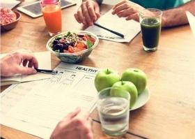 """Встреча с диетологом """"Путь к здоровью и стройности"""""""