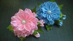"""Майстер-клас """"Квіти з атласних стрічок"""""""
