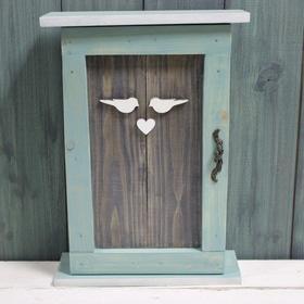 8 марта - Ключница с дверкой