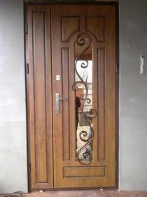 Двери металлические с МДФ