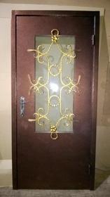 Двери металлические с порошковой окраской