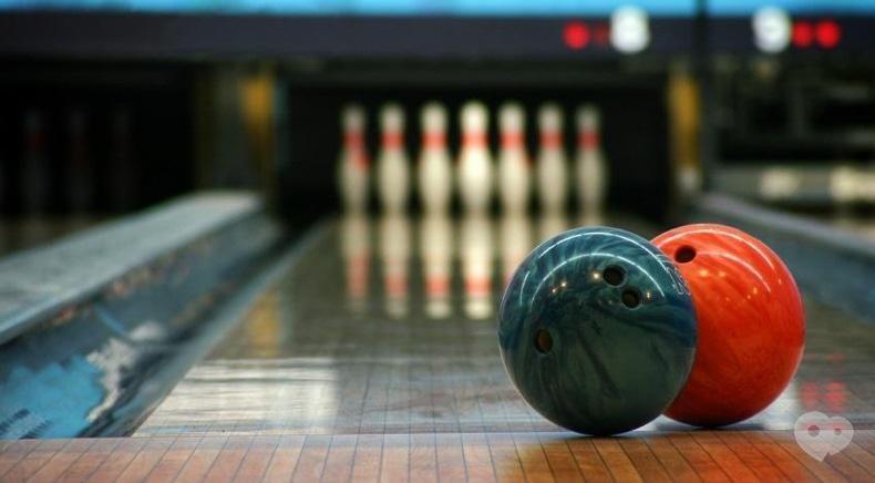 Cosmos-bowling, клуб на Лесной и Мытнице - Боулинг