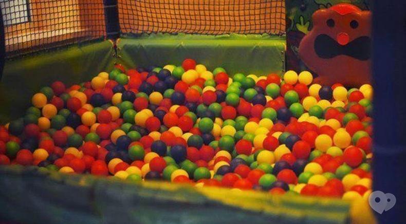 Фото 6 - Cosmos-bowling, клуб на Лесной и Мытнице - Детская комната
