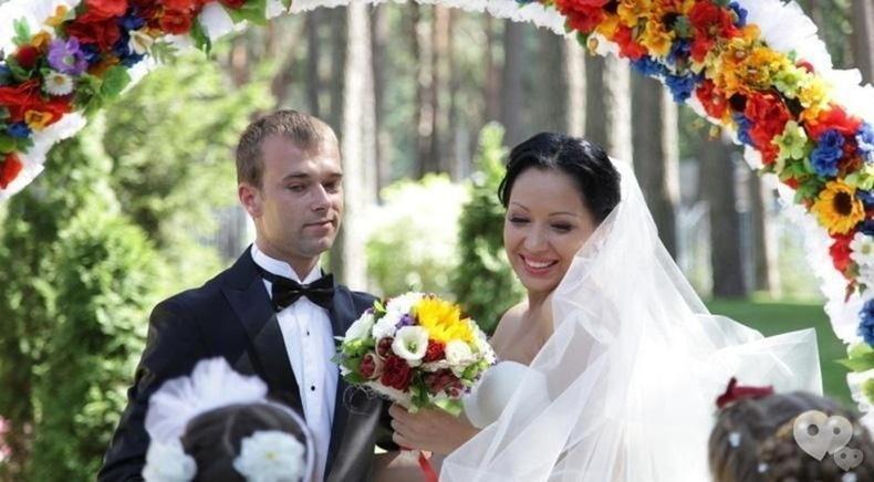 "Фото 1 - Украина, гостиница - ""Свадьба"""