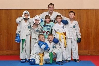Центр детского и юношеского творчества, внешкольное учебное заведение - Секция тхэквондо 'Черкасские тигры'