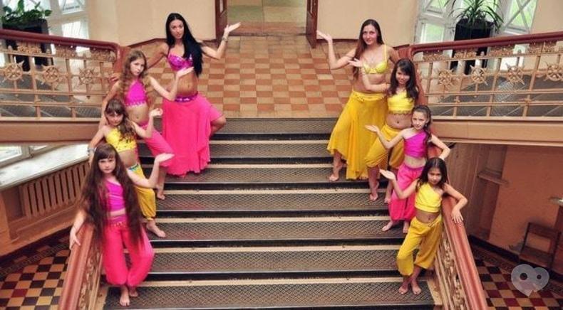 Центр детского и юношеского творчества, внешкольное учебное заведение - Ансамбль восточного танца 'Арива'