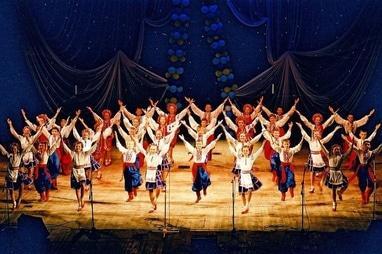 Центр детского и юношеского творчества, внешкольное учебное заведение - Ансамбль народного танца 'Радуга'