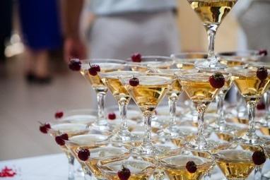 Соборный, ресторан - Пирамида из шампанского