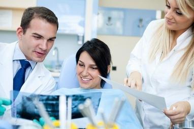 Стоматология Соболевского - Лечение 3-канального зуба: 'AH plus'. Dentsply + (гуттаперча – холодный метод)