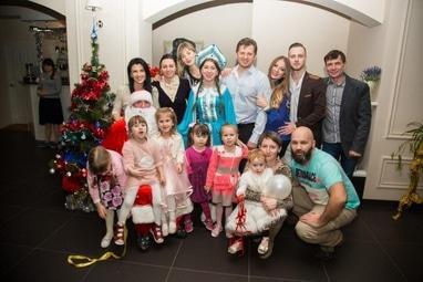 Агентство праздников ИЗУМРУДНЫЙ ГОРОД, организация торжеств и ивент мероприятий - Вызов Деда Мороза и Снегурочки на дом