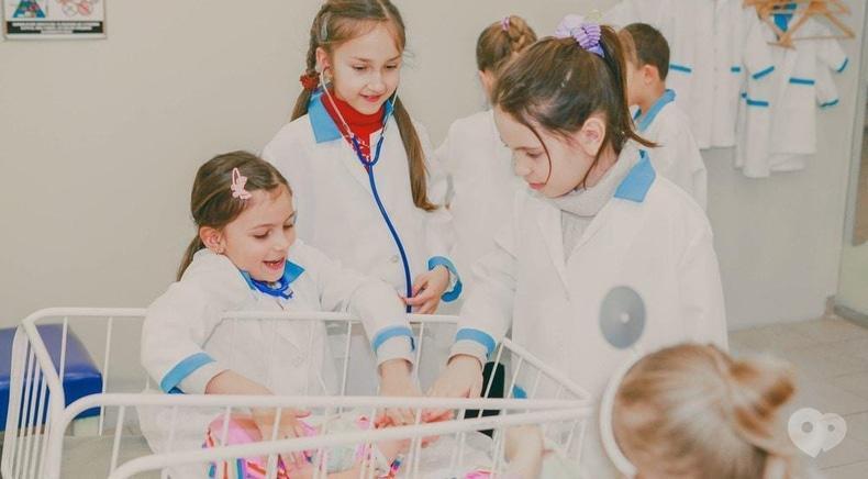 Фото 1 - Країна Свят, детский развлекательный центр - Интерактивная комната: Больница