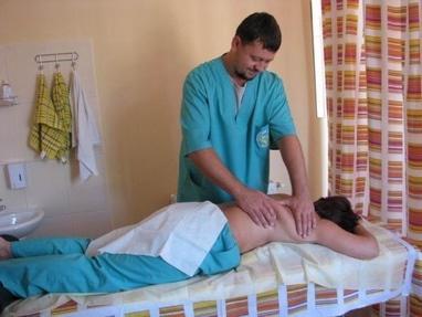 Академія здоров'я, оздоровчий центр - Лікувально-оздоровчий масаж спини (шия, спина, сідничні м'язи)