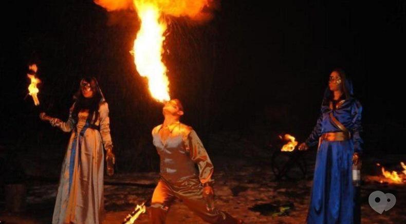 Дыхание Дракона, фаер-шоу, пиротехническое шоу, живые статуи - Огненно-пиротехническое шоу 'Венецианский бал-маскарад' новогодний вариант