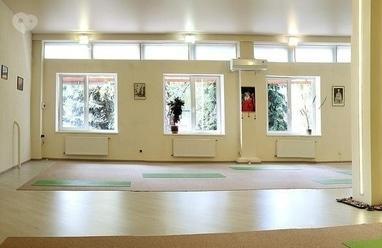 ГОО Йога в повседневной жизни, международный йога-центр - Занятия по йоге (1 месяц)