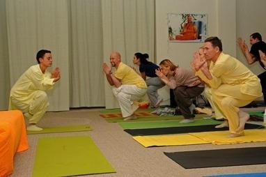 ГОО Йога в повседневной жизни, международный йога-центр - Занятия по йоге (6 месяцев)