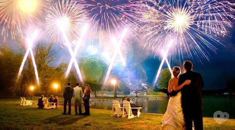 Фото 1 - Сварожичи, огненное шоу, пиротехническое шоу, великаны на ходулях - Пиротехническое музыкальное шоу