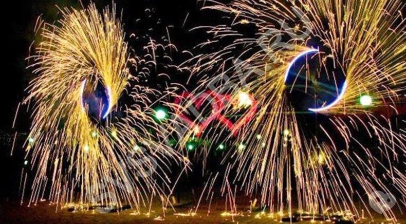 Фото 10 - Сварожичи, огненное шоу, пиротехническое шоу, великаны на ходулях - Пиротехническое музыкальное шоу