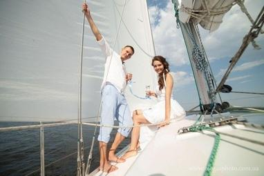 Эдем, агентство организации праздников - Прогулка на яхте
