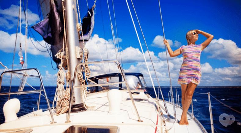 Фото 3 - Эдем, агентство организации праздников - Прогулка на яхте