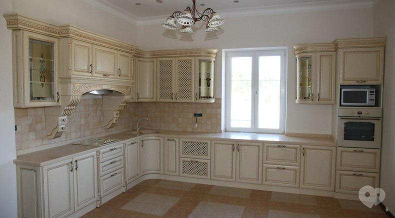 Фото 1 - М Центр, мебельный салон - Кухня классическая