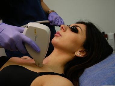 Celebriti, центр лазерної косметології та корекції фігури - Лазерне омолодження шкіри