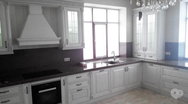 Фото 2 - М Центр, мебельный салон - Кухня классическая