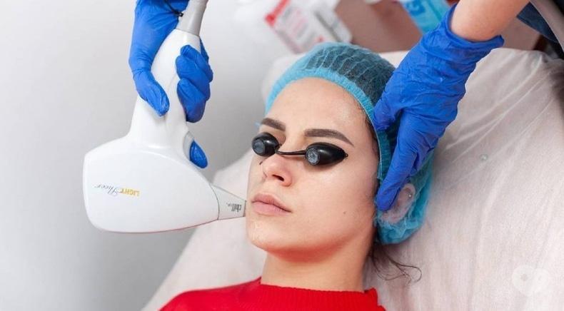 Фото 1 - Celebriti, центр лазерної косметології та корекції фігури - Лазерне видалення вугрової висипки