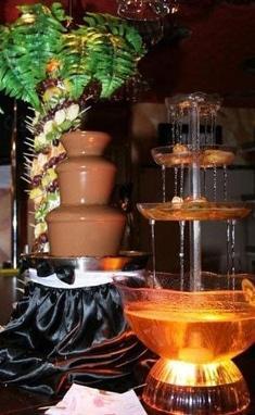 Мир Торжества, организация праздников - Шоколадный и винный фонтан