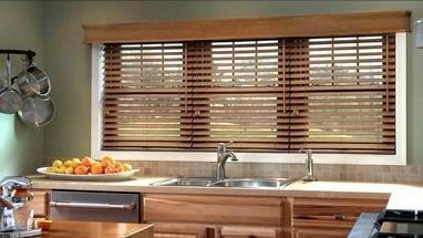 Миловид, рулонные шторы, жалюзи, окна, двери, роллеты - Изготовление деревянных жалюзи