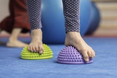 MEDГрация, ортопедический реабилитационный центр для детей и подростков - Мастер-класс ЛФК при плосковальгусных ступнях
