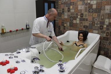 Дар Каліфа, DaySpa - Підводний душ-масаж (гідромасаж ручний)