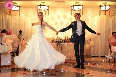Crystal Dance Hall, студия спортивного бального танца - Постановка свадебного танца