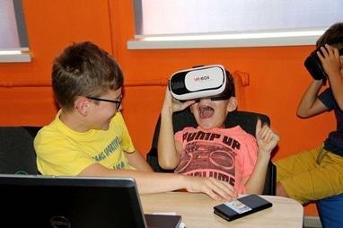 Компьютерная академия ШАГ Черкассы - Малая компьютерная академия. Возраст: 7-8 лет (по выходным)