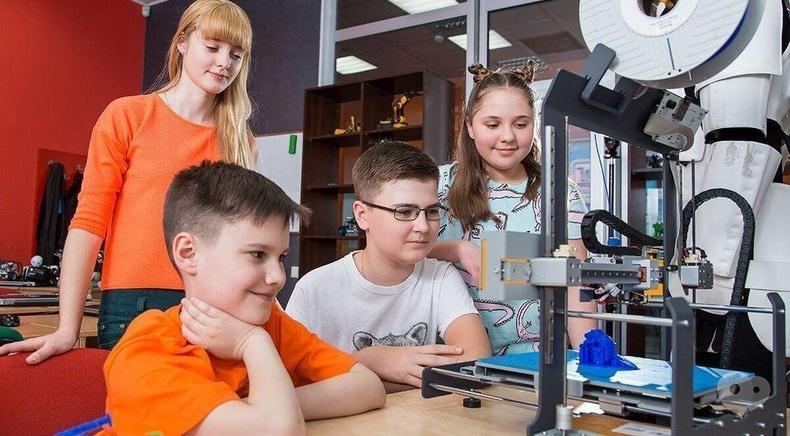 Компьютерная академия ШАГ Черкассы - Малая компьютерная академия. Возраст: 9-12 лет (по будням или по выходным)