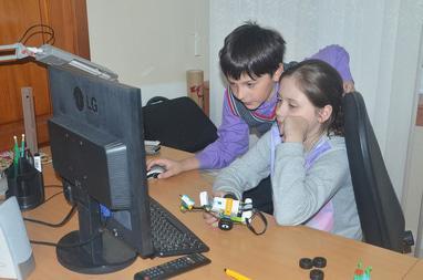ИТ Школа ЧЕ, компьютерные курсы для школьников - Робототехника LEGO Robots (WeDo)