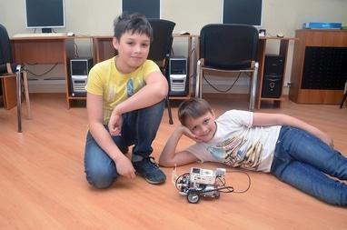 ИТ Школа ЧЕ, компьютерные курсы для школьников - Робототехника LEGO (Mindstorms EV3)