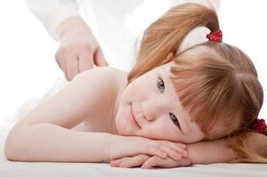 MEDГрація, ортопедичний реабілітаційний центр для дітей та підлітків - Масаж при сколіозі та болях в спині