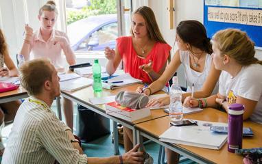 Эволюция, центр развития личности - Курсы английского языка SpeakingTime