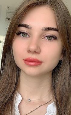 Школа-студия визажа Владычук Ольги - Акварельные губы, татуаж