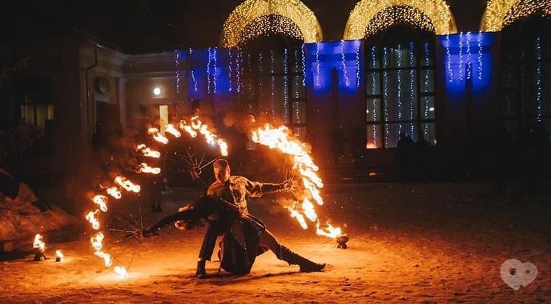 Фото 3 - Сварожичи, огненное шоу, пиротехническое шоу, великаны на ходулях - Предложение руки и сердца для влюбленных