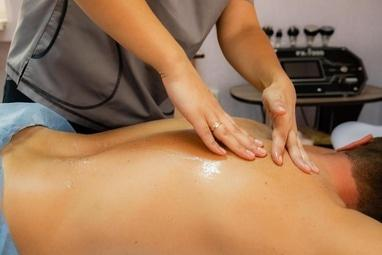 RELAXME, Кабінет краси - Медовий масаж
