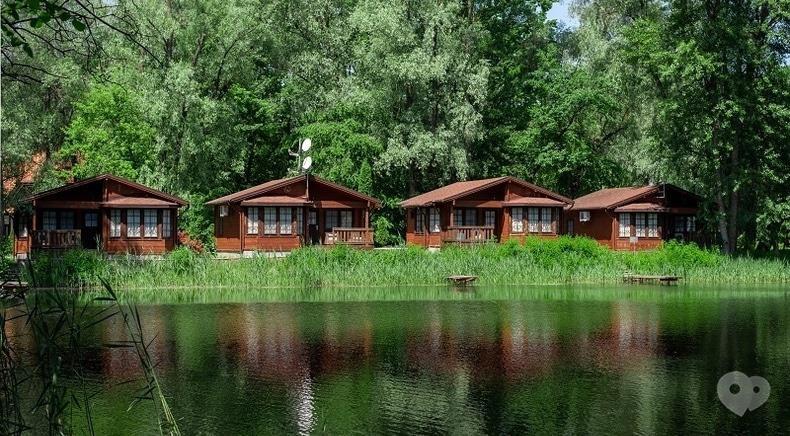 Фото 1 - Selena Family Resort, Готельно-ресторанний комплекс - Бунгало Executive з видом на Дніпро