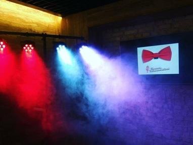 Руслан Малиновский, Профессиональный ведущий и конферансье - Аренда звукового и светового оборудования