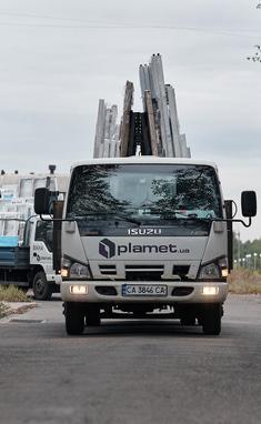 PLAMET, Производство металлопластиковых окон и металлических дверей - Доставка окон и дверей
