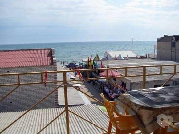 Фото 4 - Мандрівник, туристическая компания - Отдых на Черном море в поселке Железный порт база отдыха Робинзон
